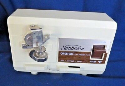Vintage Sunbeam Open All Under Cabinet Electric Can Opener 05246 Almond