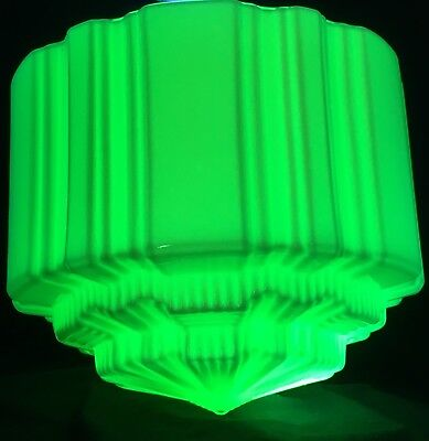 1930's ART DECO STEPPED URANIUM GLASS SKYSCRAPER LIGHT SHADE GLOWS GREEN