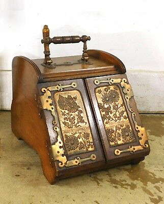 Antique English Hand Chased Brass Adams Style Slope-Front Coal Hod Box Auto Open