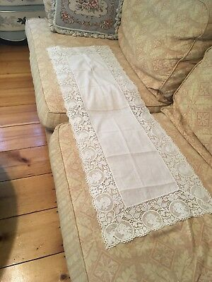 Antique Lace Table Runner Off White Cotton Fabric Figural Childs Portrait A56