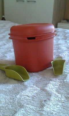 Vintage / retro TUPPERWARE ice bucket with 2 x scoops in terracotta vgc