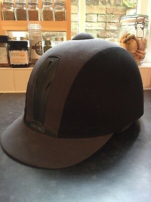 Harry Hall Riding Hat Size 6 7/8 (56)