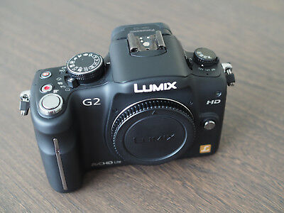 Panasonic Lumix G2 - Excellent condition as new