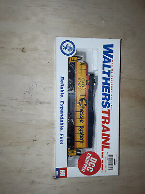 Walthers trainline chessie/c&o gp9m dcc fitted