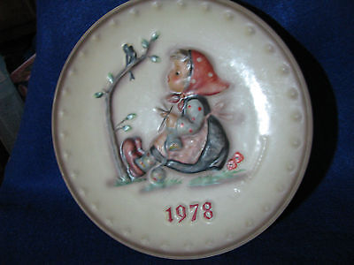 "M.I. Hummel Goebel 8th Annual Plate 1978 ""Happy Pastime"""