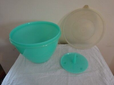 Vintage Jadite Green Tupperware Lettuce Crisp It with Spike and Clear Seal Lid