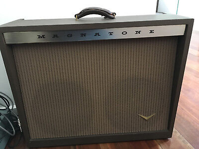 Magnatone 260 1960 Amplifier in Great Condition