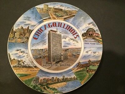 Vintage Souvenir Plate CHICAGO ILLINOIS Various Landmarks Vibrant Graphics MINT