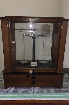 VTG Christian Becker Jewelry/Apothecary Scale #3 Wood/Glass Case Asst Weights
