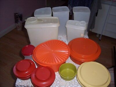 MIXED LOT VINTAGE TUPPERWARE  ORANGE  a YELLOW STORAGE CONTAINERS 12 IN TOTAL