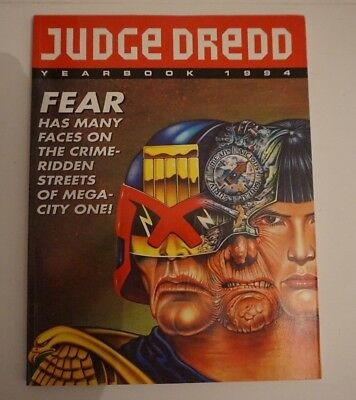 JUDGE DREDD Yearbook 1994. 2000AD. Published by Fleetway. Super condition