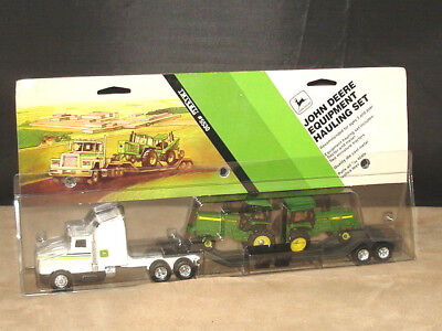 ERTL JOHN DEERE Construction Equipment Hauling Set 1/64 Scale #5530 4 pc. MINT!!