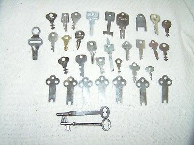 Vintage Lot Of 30 Flat Keys Plus 2 Skeleton Keys