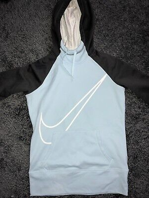 nike therma fit hoodie small