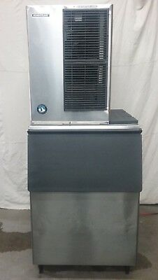 Nice Used 2014 Hoshizaki Km515Mah Ice Machine With A  500 Lb Storage Bin