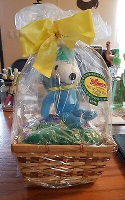 peanuts snoopy small easter basket