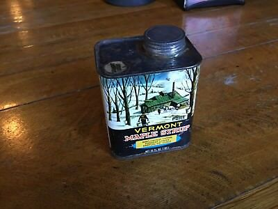 Vintage Maplewood Farms Barton Vermont Pure Maple Syrup 32 Oz. Large Quart Can