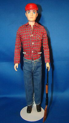 BARBIE KEN Doll 1963 HUNTING Doll Jeans, Red Hat, Shirt, Rifle RARE MATTEL @802