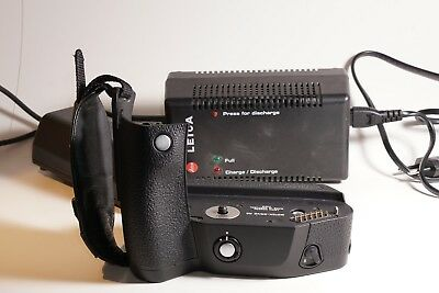 Leica R8 Motor Drive with Charger and Battery (EuroPlug)