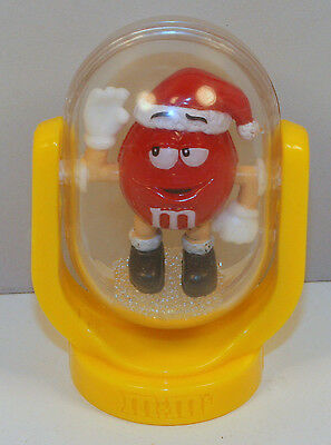 "2010 Red M&M's 2.75"" Christmas Glitter Tumbler Dry Snow Globe Plastic Figure"
