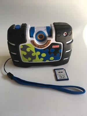 Black Fisher Price Digital Zoom Photo Video Camera Childrens Durable w/Card &LCD