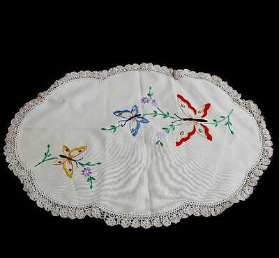 Vintage exquisite butterfly embroidered oval lace trim doily measuring 49cm long