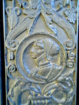 Rare 16Th Century  Oak Carved Gothic Tracery  Romayne Portrait   Panel ,