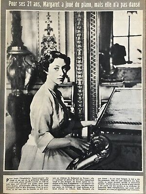 Vintage Paris Match Magazine - 1st September 1951 - Dior - Princess Margaret