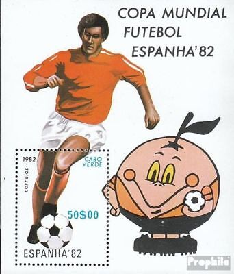 Cape Verde block5 (complete.issue.) unmounted mint / never hinged 1982 Football-