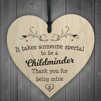 Wood 'It take someone special to be a childminds' Heart Plaque/Sign Wine Tag Hot