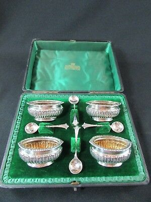 Boxed set of 4 solid silver salts & matching spoons c.1895-96