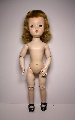 "Vintage Miss Violet Madame Alexander Doll Walker jointed 18"" Cissy Face"