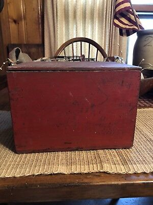 Vintage Antique Red Wooden Crate Box With Lid Old Chippy Paint Primitive