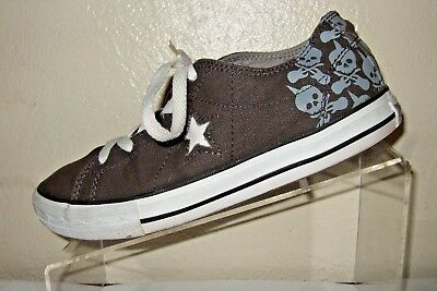 CONVERSE One Star Women s Skull   Guitar Crossbones Canvas Shoes Size 5 8075f0bfa7