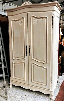A Lovely Vintage Oak Painted French Provencal Style Armoire/hanging Cupboard