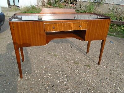 Lovely Retro Desk / Dressing Table Great Condition Free Delivery In Price.
