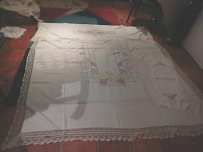 1920's White Hand Embroidered Bed Spread And 7 Matching Doillies!