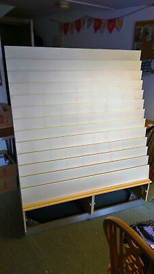 Greeting card rack to fit approx 130 greeting cards good used greeting card rack to fit approx 130 greeting cards good used condition m4hsunfo