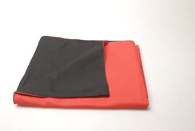 Morco Large Format Focusing Cloth -  Black and Red. Condition - 0A [031]