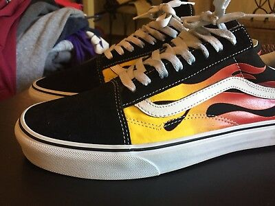 e800093ef2d VANS OLD SKOOL FLAME Size 10.5 BLACK WHITE RED LOW REISSUE SUPREME WTAP  YELLOW
