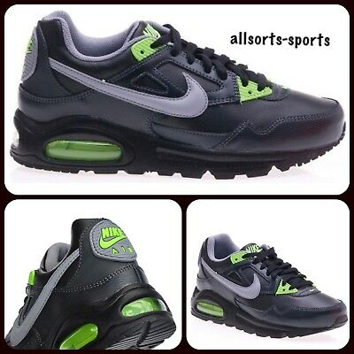 NIKE AIR MAX Skyline Black Trainers Size 5 £21.99