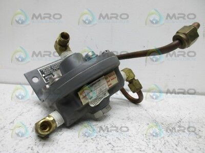 Moore Products 63Bd-L Flow Controller * Used *