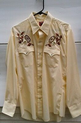 Cowboy Rodeo Western Embroidered Pearl Snap Shirt Wagon Wheel Flowers Large!