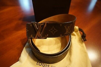 3d4b148b5d91 LOUIS VUITTON LV Initials 40MM Men s Belt