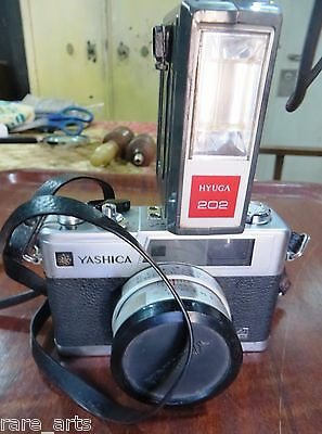 VTG Camera Yashica Electro 35 GX 35mm w/Lens Cover & flash 71000824 Japan Used