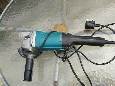 """5"""" MAKITA 9015B ANGLE GRINDER 125MM IDEAL FOR RAKING OUR FOR POINTING, 240v"""