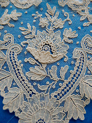 Bundle handmade Brussels lace fragments - dolls /  projects.