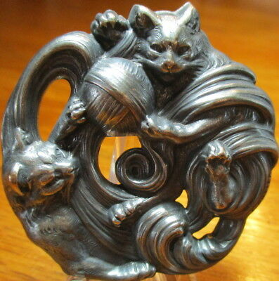 "1940s French LARGE White Metal Button~Marked""PUTIER""~CATS PLAYING W/YARN~Vintage"