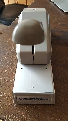 Addressograph Newbold  871-701-001 Manual Pump Credit Card Imprinter