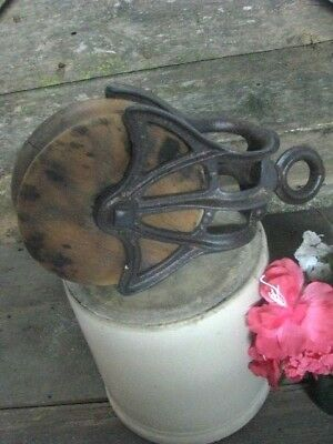 Antique / Vintage Cast Iron Myers Barn Pulley Old Farm Tool Rustic Primitive